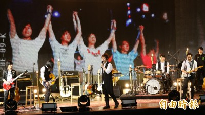 (影音)成軍20年演唱會結束 阿信感性向歌迷告白