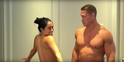 (影音)約翰希南裸體大公開!與火辣未婚妻鏡頭前脫光光