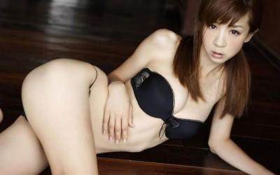 「童顏巨乳」始祖星野亞希 40歲美到發泡