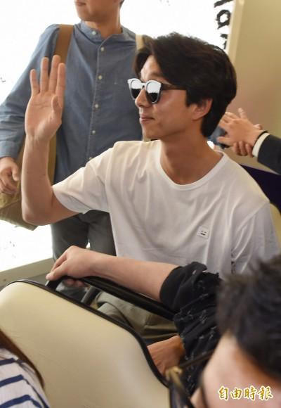 (獨家)孔劉出道16年空降寶島「她」愛相隨默默跟來台