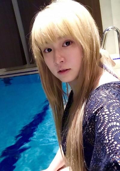 (影音)小小瑜展現蝶式泳技 悠游美樣「根本美人魚」