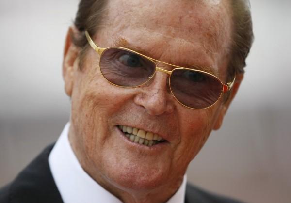 前任007羅傑摩爾過世  享壽89歲