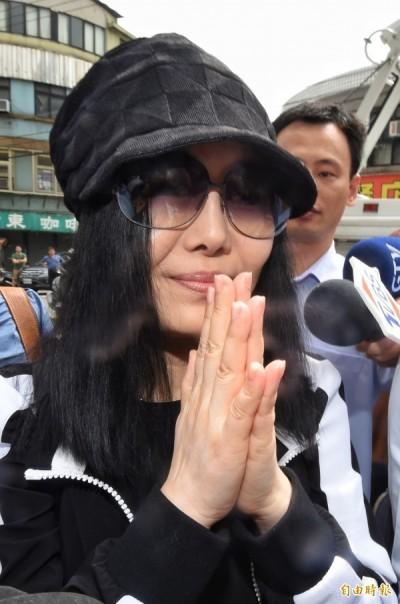 江蕙出庭指認兇嫌    保鏢層層護駕大陣仗