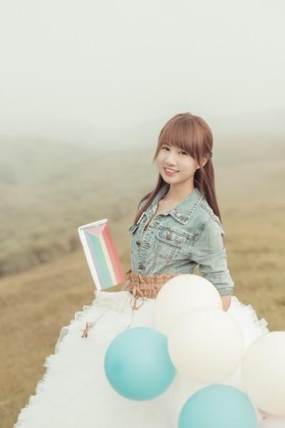 同婚釋憲》韓練習生手握彩虹旗 力挺婚姻平權