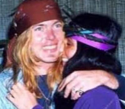 傳奇搖滾歌手病逝  前妻雪兒:無話可說