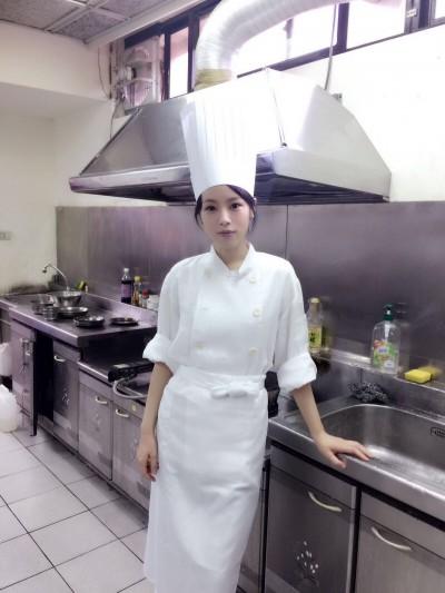 歹查某朱蕾安大噴血3小時 博命掙得廚師執照