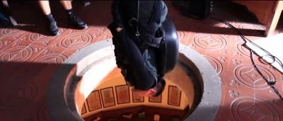 (影音)劉德華受傷畫面曝光!倒吊空中頭部掛彩