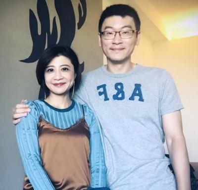 林楚茵笑擁10年婚挺尪 縣長補選漸生情愫