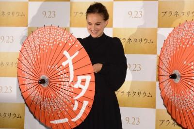 (影音)娜塔莉波曼東京宣傳 講日文開玩笑嚇壞日媒