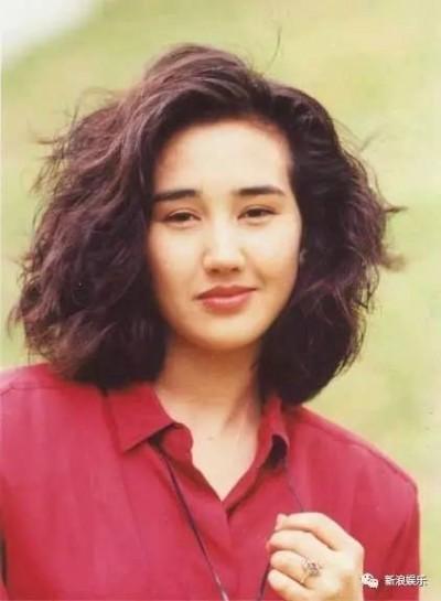 昔日香港混血女神 息影24年當上兒童身心障醫師