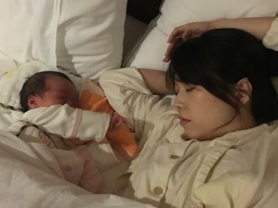 男主播學姚元浩 老婆睡相外流