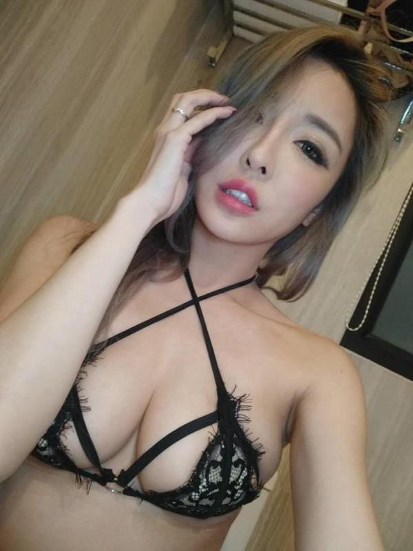 辣模雪碧太「胸」! 比基尼變情趣內衣