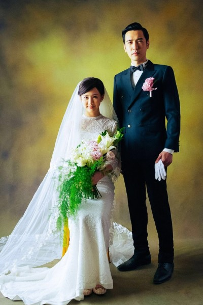 (專訪)李至正拍婚紗照  手抓女用小可愛