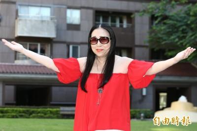 沈玉琳曾簽約許純美 曝阿美姊300億身價從這來