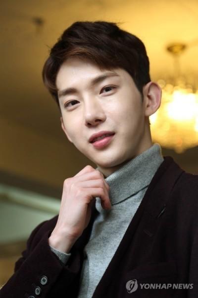 趙權約滿離開16年JYP  2AM成員全走光