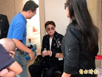 傅達仁宣告放棄治療 李恕權:他很想走