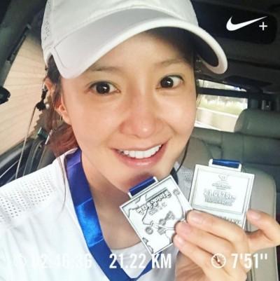最強孕婦!35歲韓女星挺6月肚跑完半馬