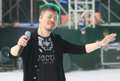黃國倫北京演唱會狂燒1億 寇乃馨驚爆慘賠金額……