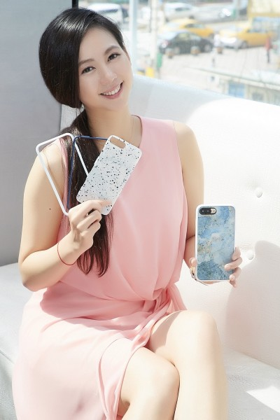 玻璃iPhone 8不耐摔 犀牛盾首推模組化手機殼