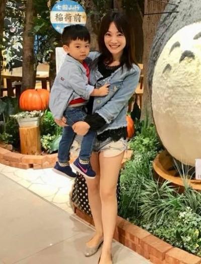 素顏超短褲被拍 蕭彤雯:我是個媽,不然要怎樣?