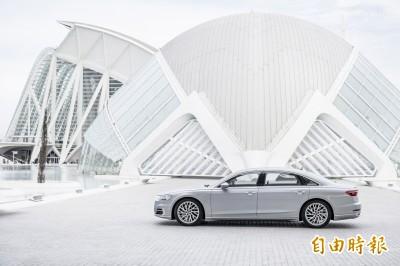 (影音)豪華房車AUDI A8 L跑車化─AI主動式懸載+動態4輪轉向