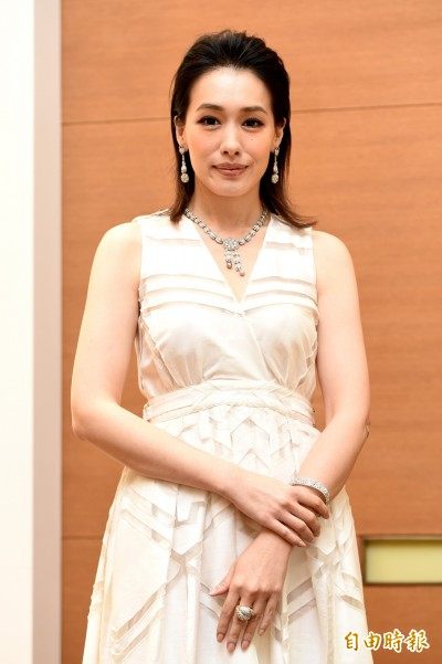 (影音)陳妍嵐愛古董珠寶 搬女兒當名目