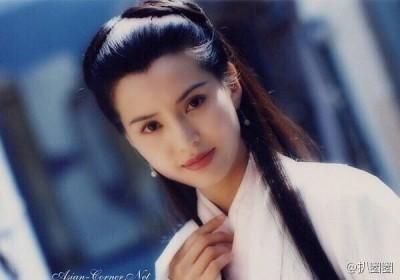 「最美小龍女」凍齡22年  44歲李若彤分享美麗秘訣