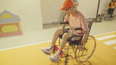 網紅輪椅競速奪冠 「跟媽媽有關」原因超感人
