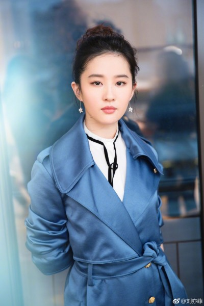 16歲試鏡小龍女畫面曝光 劉亦菲展超齡談吐