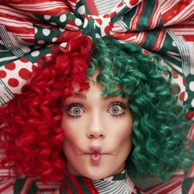 天后Sia自抖裸照被讚爆  趁勢宣傳聖誕專輯