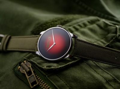 世上僅存的「百年紅」!這款手錶珍罕難尋
