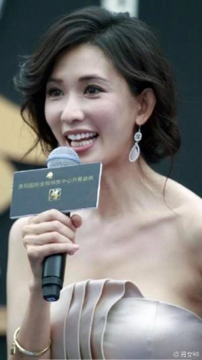 林志玲冒魚尾紋 名嘴曝美女榜跌出10名外