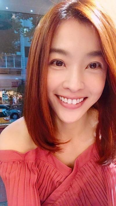 小嫻5年情玩完 曹西平嘆「女藝人婚姻這麼難維持嗎?」
