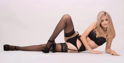 18歲嫩模上網拍賣初夜 處女價喊至3600萬