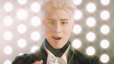 鐘鉉遺作MV唱跳再現! 這句唱9次粉絲喊做到了
