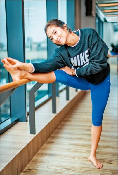 瑞瑪席丹吃出完美腹肌 建議女生從快走入門 加碼腹部手臂訓練