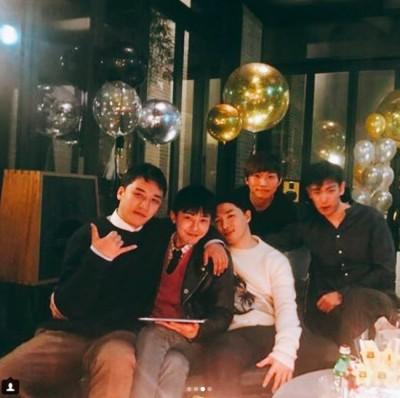 BIGBANG入伍趴照片流出! 5人燦笑逼哭粉絲