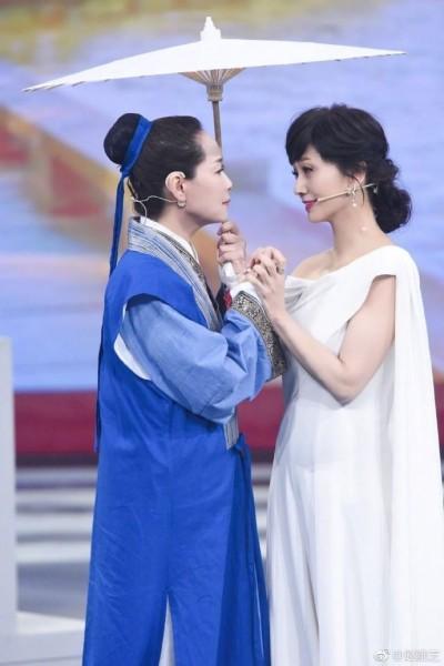 趙雅芝隔26年合體葉童 穿戲服重現《新白娘子》