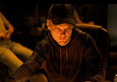 瑞典百大DJ AVICII疑輕生 家人悲痛:他無法再繼續下去
