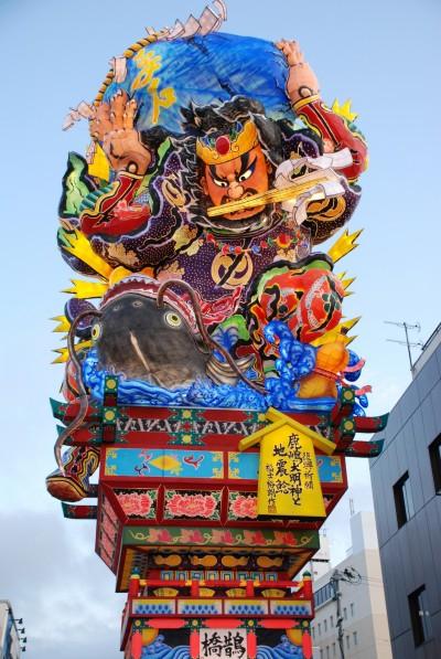 日本「睡魔祭」巨型燈籠、美食工藝大賞登台 這裡搶拍
