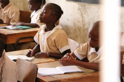 非洲女孩「布衛生棉」計畫 捐款募集中