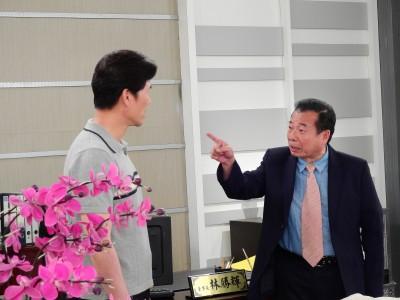 時尚歐吉桑!66歲資深演員開直播當網紅