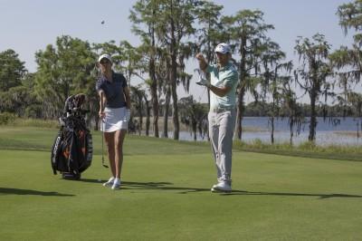 名人「陪打」!世上最奢華高爾夫球賽原來是這樣!
