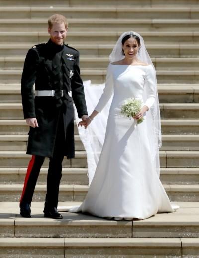 尷尬!梅根嫁皇室 婚紗竟爆抄襲