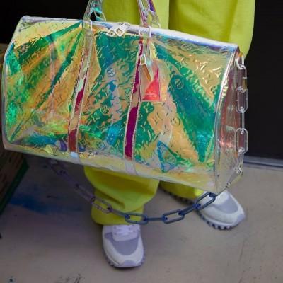 (影音)超乎時尚被罵翻!透明包包其實考驗「人性」?