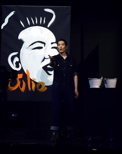 金曲》蕭敬騰不只是會唱歌 徒手倒畫蘇芮歌姬網全跪