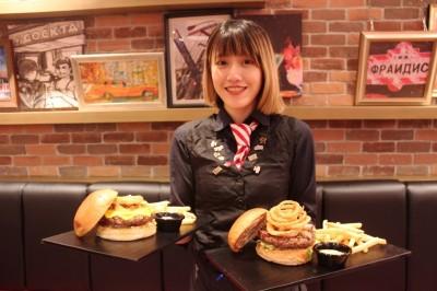 TGI FRIDAYS「漢堡日」 漢堡限日買一送一!