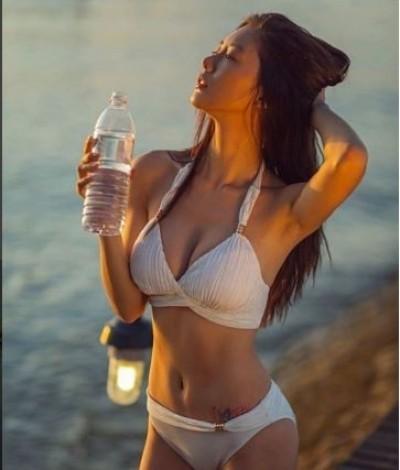 南韓D奶辣女星 假喝水真曬乳