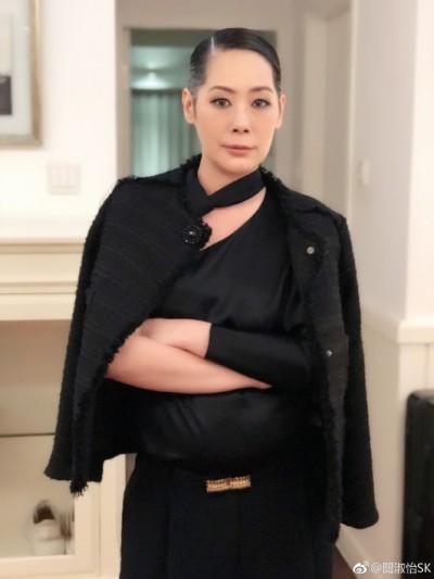 港女星爆炸發言:不想回香港 吃貓食死好