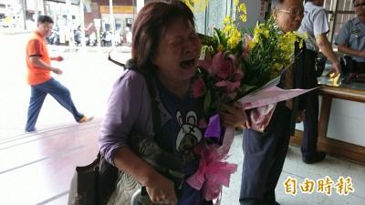 蔣月惠警局受辱暴哭真相曝光!「他」不甩潘孟安命令闖禍